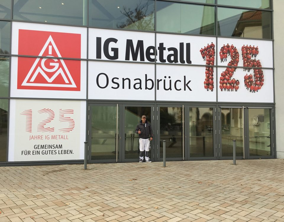 ig-metall-fassadenbeklebung3